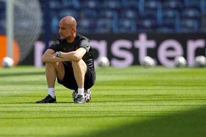 Guardiola niega que el Manchester City haya fracasado en la Liga de Campeones