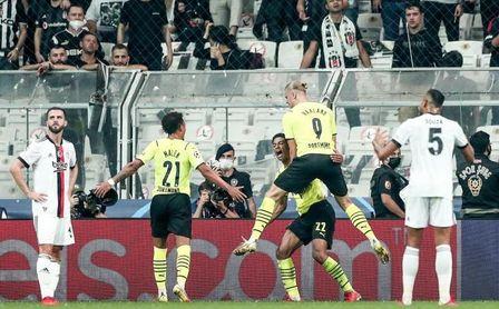 1-2. Bellingham y Haaland dan triunfo al Dortmund en Estambul