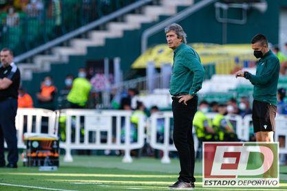 """Pellegrini resalta el """"doble mérito"""" del triunfo del Betis."""
