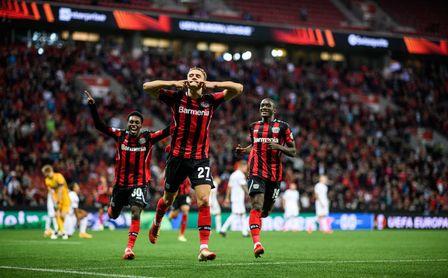 Bayer Leverkusen 2-1 Ferencváros: El gran favorito también lo pasa mal