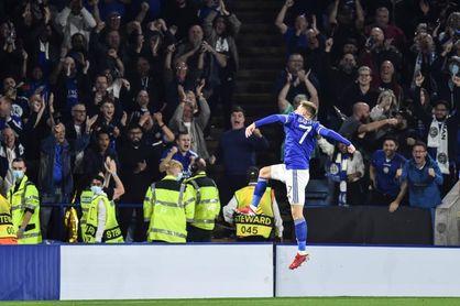 """El Nápoles logra un valioso empate en un duelo de """"gallitos"""" en Leicester"""