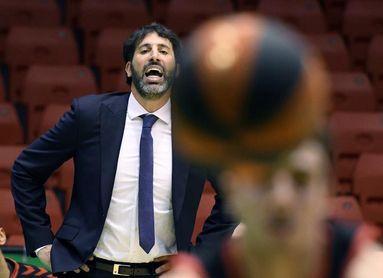 El Bilbao Basket arranca en Badalona impulsado por un nuevo patrocinio