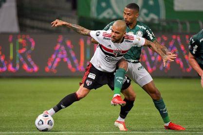 Dani Alves rescindió su contrato con el Sao Paulo