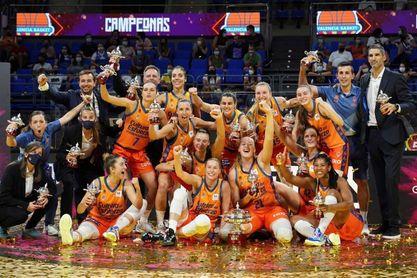 81-63: El Valencia Basket gana su primera Supercopa