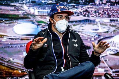"""Alonso: """"Para un podio, necesitamos una carrera muy caótica"""""""