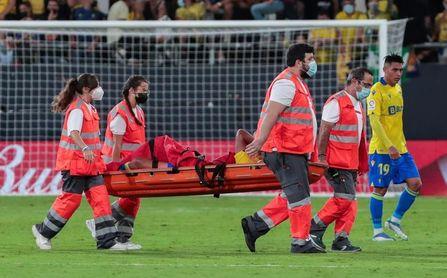 """Fali deberá esperar una semana, aunque se """"descarta una lesión grave"""""""