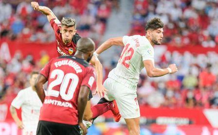 Estreno como titular y goleador: Rafa Mir demuestra estar preparado