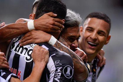El Atlético Mineiro cede un empate pero se mantiene en la cima en Brasil