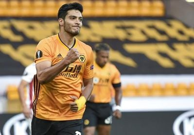Raúl Jiménez marca para el Wolves 336 días después