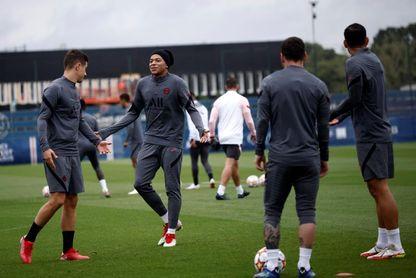 Paris Saint Germain training