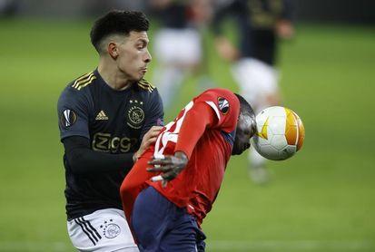 Lisandro Martínez renueva con el Ajax