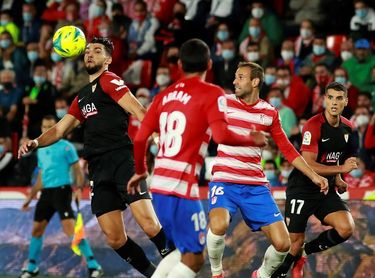 1-0. Rochina da primer triunfo al Granada ante un Sevilla hasta ahora invicto
