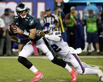 17-27. Wentz recupera el protagonismo y derrota a los Dolphins