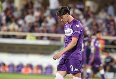 Vlahovic, la gran sensación de la Serie A, rechaza renovar con el Fiorentina
