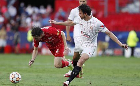 """Delaney se muestra ambicioso, asegura estar """"muy a gusto en el Sevilla"""" y sólo pone una pega"""