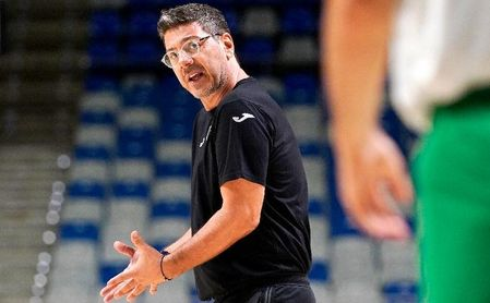 """Katiskaris, sobre el debut del Unicaja en la BCL: """"Estamos con muchas ganas""""."""