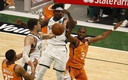 117-105. Bridges y Ayton orquestan el triunfo de Suns sobre Lakers