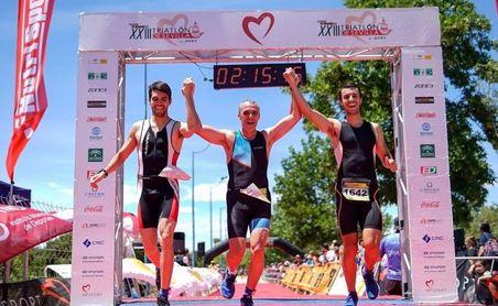 Un circuito de 9 kilómetros entre Triana y La Cartuja para acoger este sábado el Triatlón de Sevilla