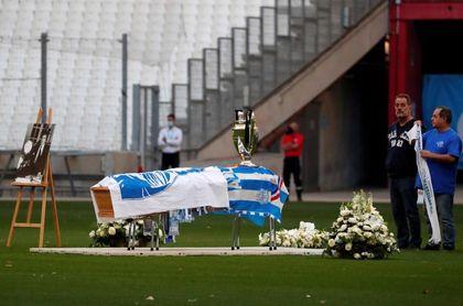 El Vélodrome se despide de Tapie, el dirigente que llevó al OM a la cumbre