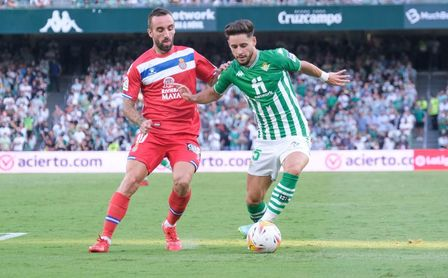 """Álex Moreno: """"Quiero demostrarle a la afición que tiene un lateral izquierdo en el que pueden confiar"""""""