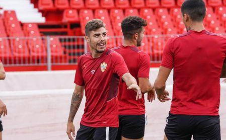 """La opción de compra de un Pozo """"muy contento"""", obligatoria si el Almería sube a Primera."""