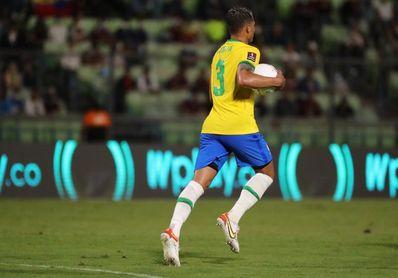 Thiago Silva califica de exageradas las críticas contra Neymar