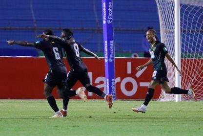 0-2. Jamaica vence a domicilio a Honduras y la deja en el último puesto